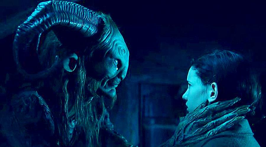 #经典看电影#几分钟看完经典魔幻电影《潘神的迷宫》,萝莉被继父枪杀重获新生