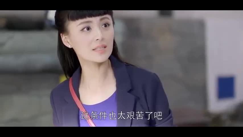 #电视剧#乱世丽人行:学生们生活艰苦,却会苦中作乐,在老师带领下大合唱