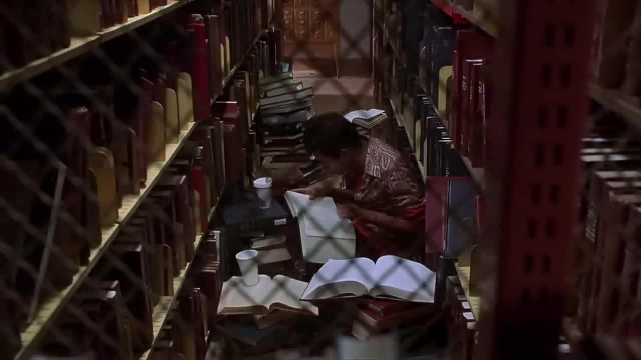 #经典看电影#留级之王-能在学校混到这样就比黑社会老大都牛