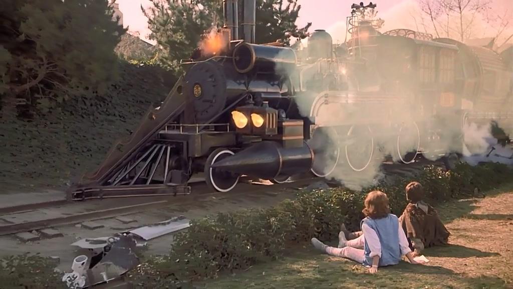 #经典看电影#这部科幻片提前33年预测了现在的科技,已有多项发明实现了!