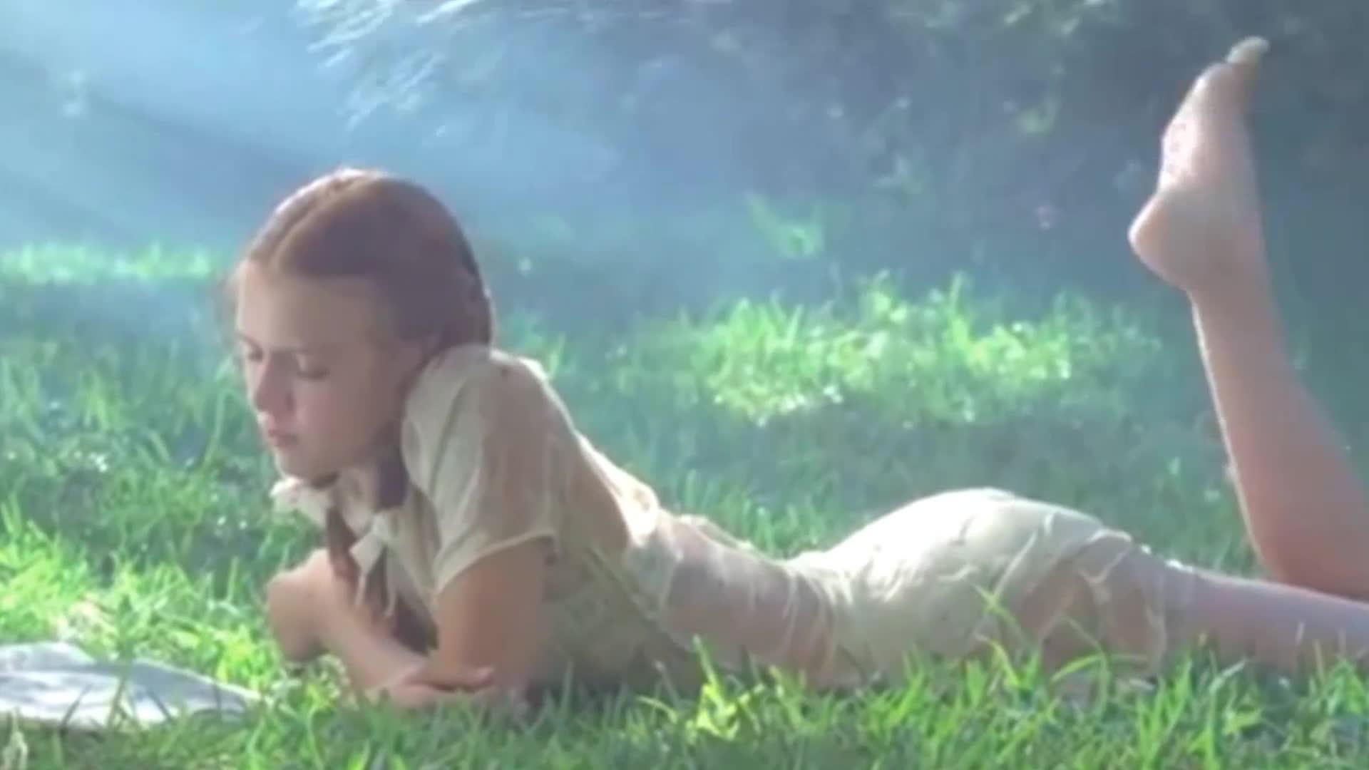 禁忌之恋《洛丽塔》,女孩美得让人无法抗拒!