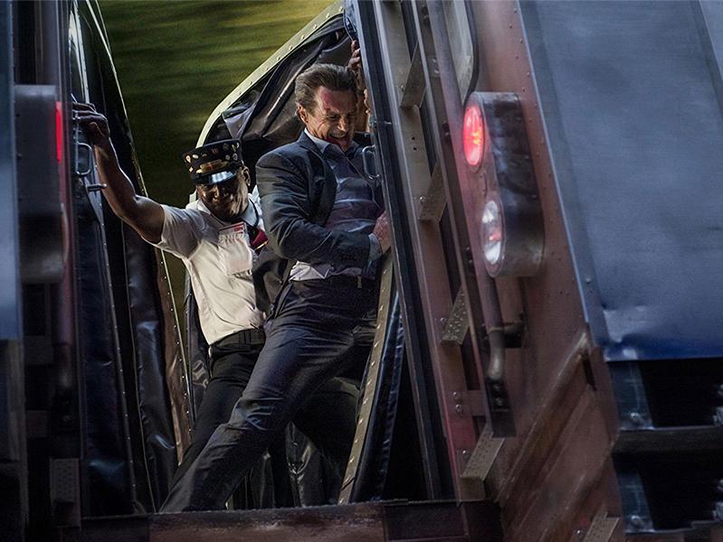 #电影迷的修养#七分钟速看高分动作片《通勤营救》连姆尼森力压高智商犯罪!