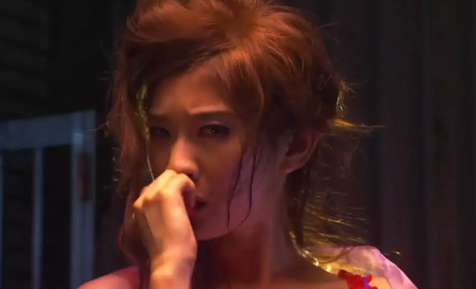 #经典看电影#一部脑洞大开的日本电影,两位特殊少女的故事,带着满脸眼泪看完