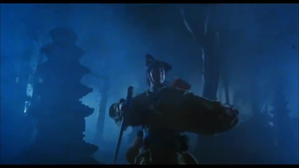 #经典看电影#张学友的大剑,原来暗藏玄机,里面还藏了把小剑