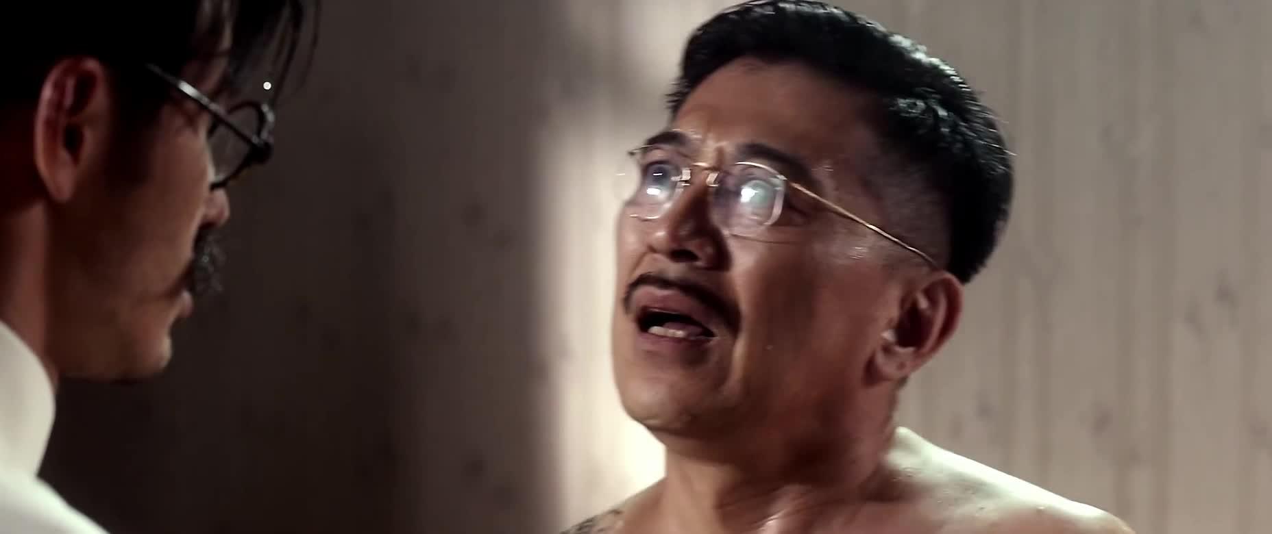 #经典看电影#说男子的头是用来擦屁股的,真是打脸啊