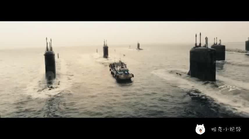 #最近有什么好电影#被一群潜艇包围是种什么滋味那?