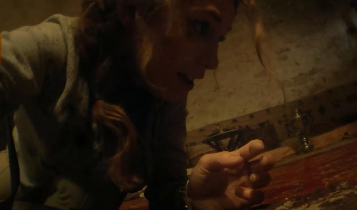 #惊悚看电影#三男二女探索地下墓穴,在神秘灵力影响下,发生了世间最肮脏的事