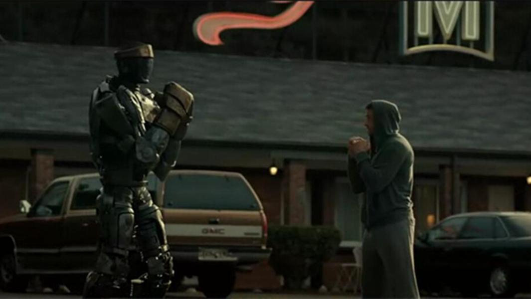 #经典看电影#男孩捡到一个机器人,能模仿人的动作,最后机器人为他打赢了比赛