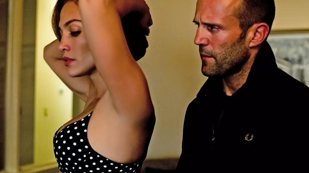 #经典看电影#美国经典犯罪片《帕克》某演员屁股的特写居然比脸还多
