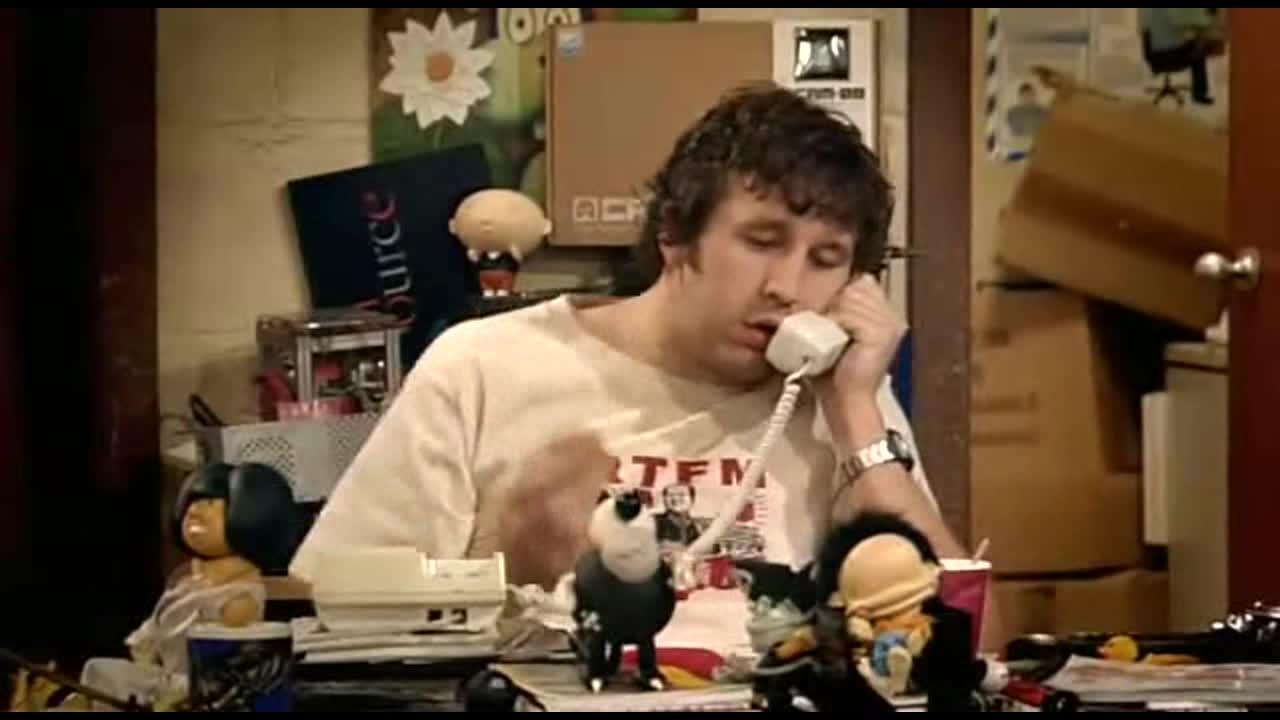 这两个人同时打电话真好玩,胖胖的小哥哥就是会玩