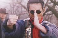 #电影最前线#张艺谋竟然也拍过如此奇葩的电影!