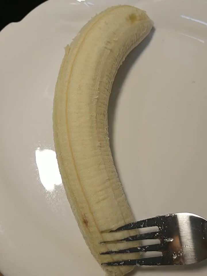 """家中自制""""糯米香蕉芝麻球""""太好吃了"""
