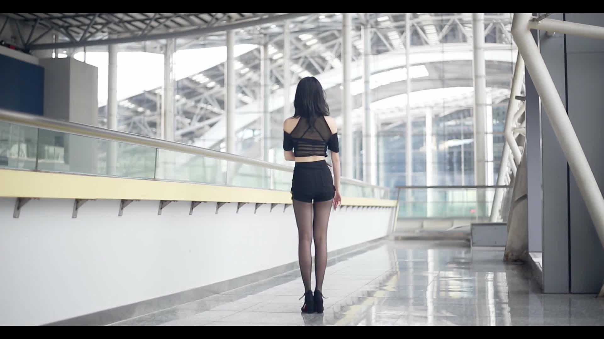 #二次元舞蹈#性感风回归作,看着背影都觉得好看的女孩子