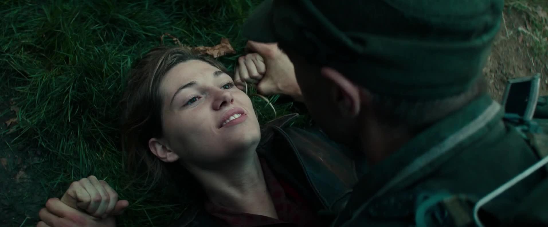 美军用美人计抓德军,让他载着炸药毁掉自己老巢