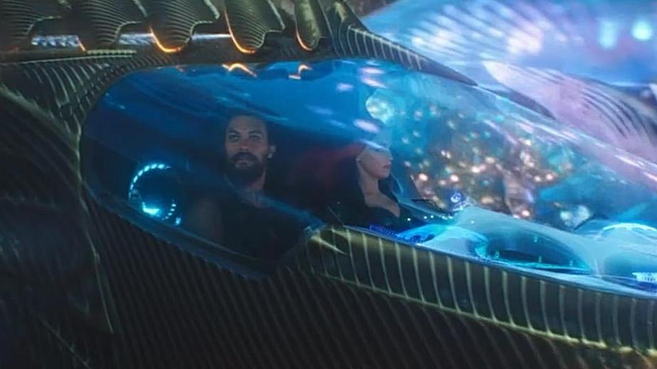 #电影最前线#海王亚瑟和海后湄拉带你一同畅游亚特兰蒂斯,实在是太漂亮了