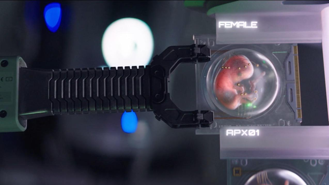 #电影最前线#未来世界,人类的宝宝由机器人养育,堪称最优秀的保姆!