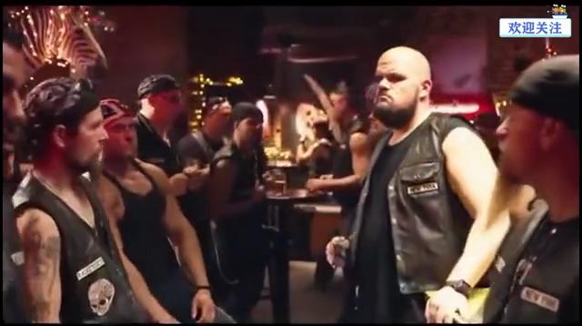 #沙雕合集#电影《唐人街探案2》王宝强尬舞肌肉男,全片最搞笑的一段