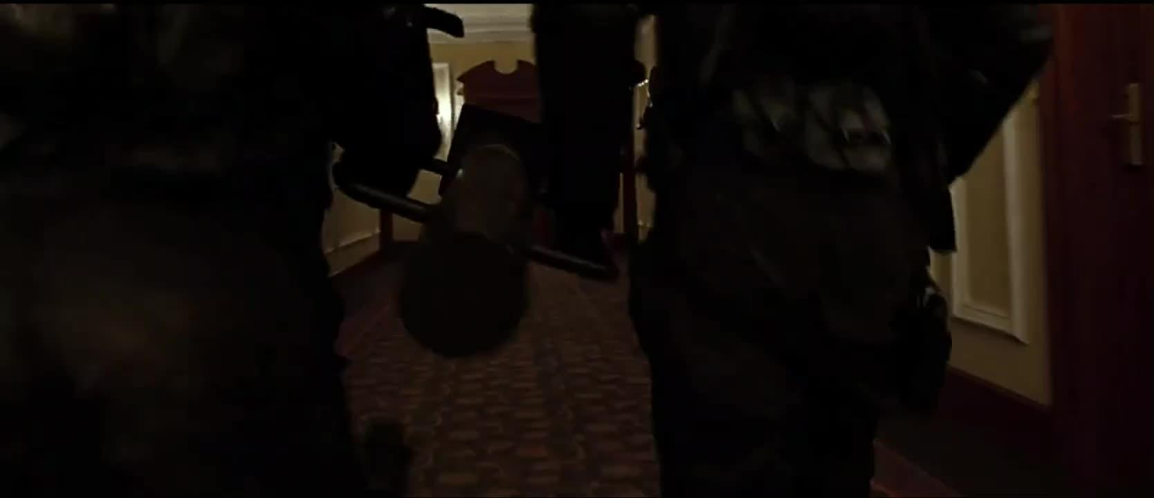《杀手:代号47》47行踪暴露,同行告知,逃出生天