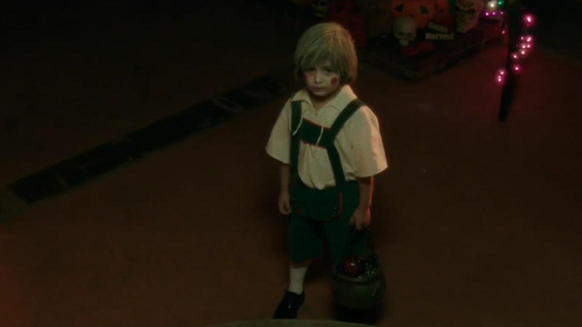 胆小者看的电影解说:几分钟看完美国恐怖电影《万圣节传说》