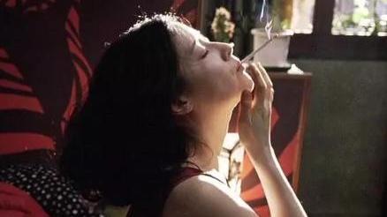 #经典看电影#一部令人大呼过瘾韩国女子犯罪片, 美女为了复仇竟然做出这种事