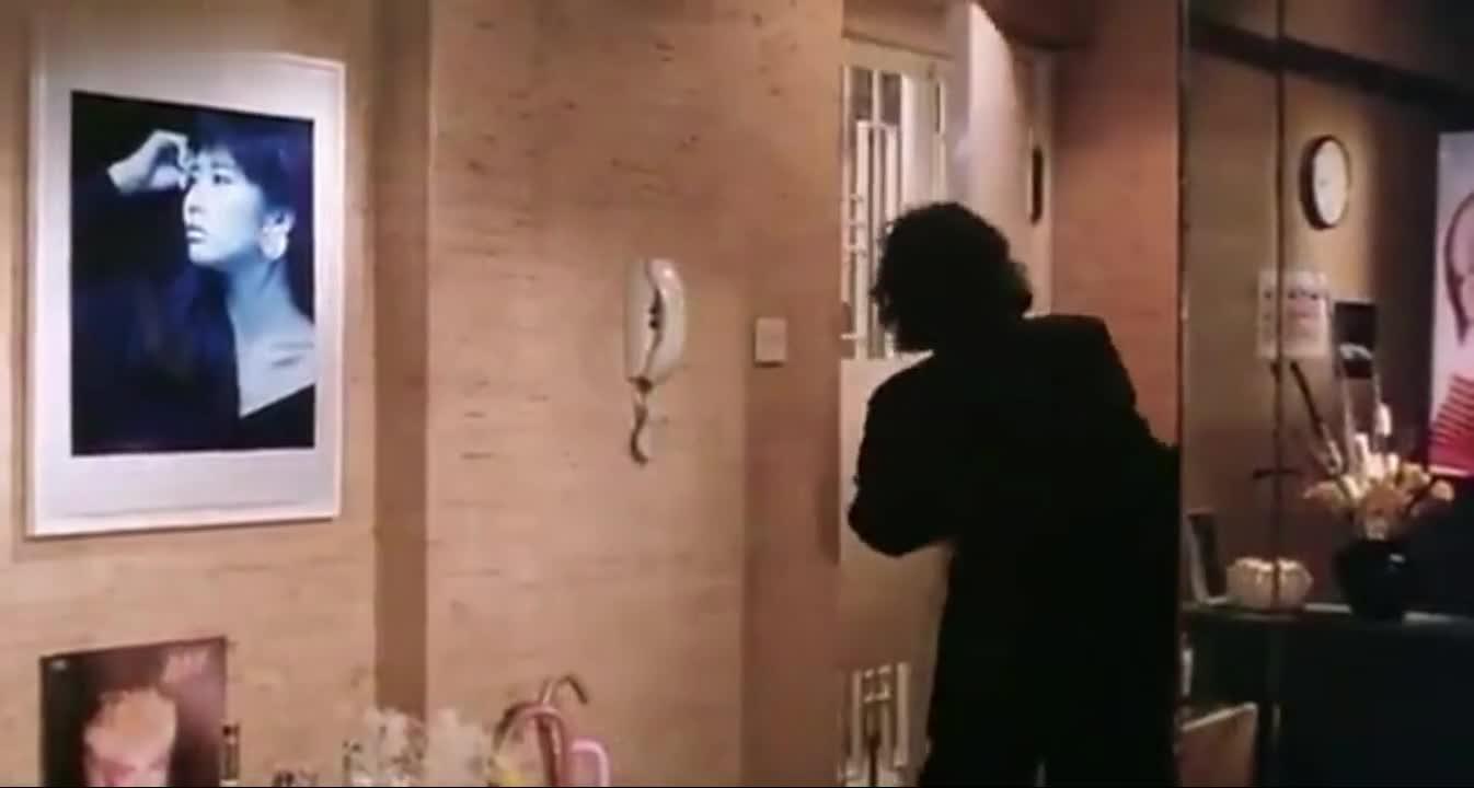 刚开始对发哥说不要不要,最后说不要走!!