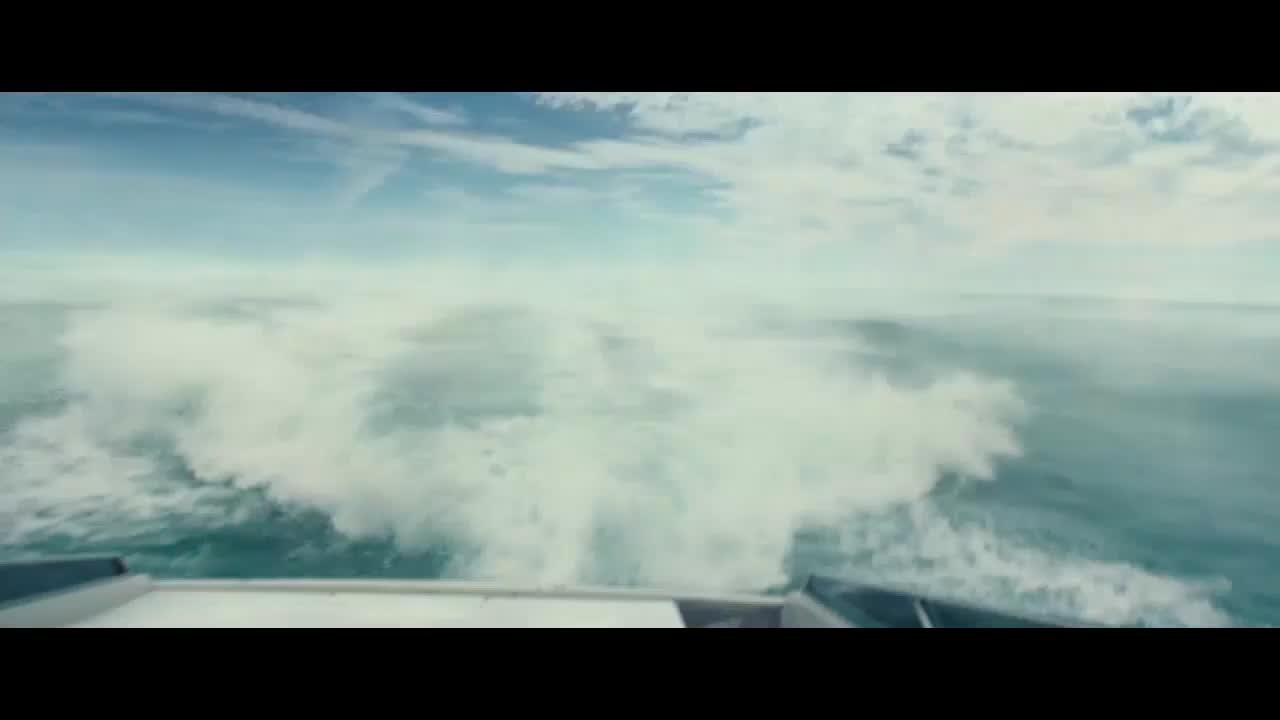 #经典看电影#编队还没逃离现场,蘑菇云就从海上升起,原来海上核爆是这样的