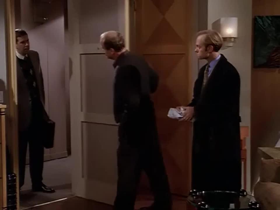 男人的经纪人的来访,竟然闹出了笑话,三人尬笑在一起