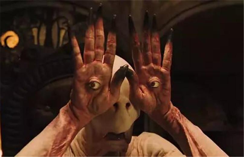 #惊悚看电影# 电影史上经典的萝莉形象!舔屏!