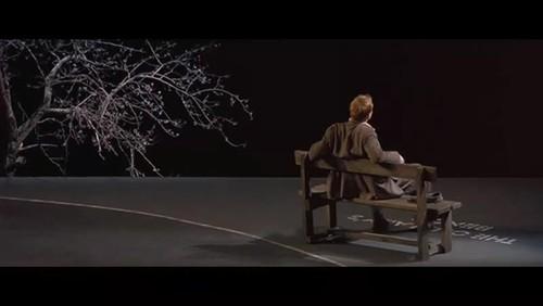 #经典看电影#三分钟带你看完虐心电影《狗镇》,黑老大女儿被人拴起来