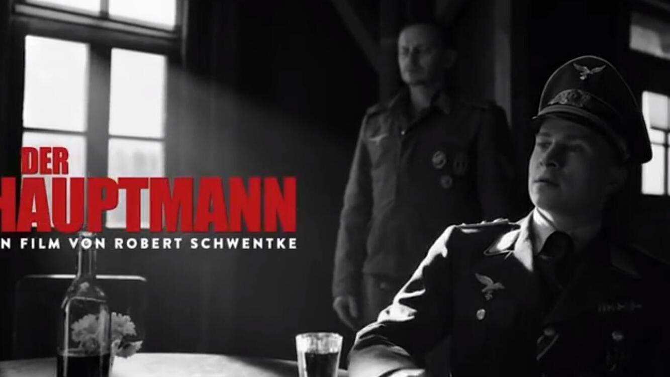 #战争片#逃兵捡了一身军官衣服,居然冒充上尉,在德国监狱当起了土皇帝!