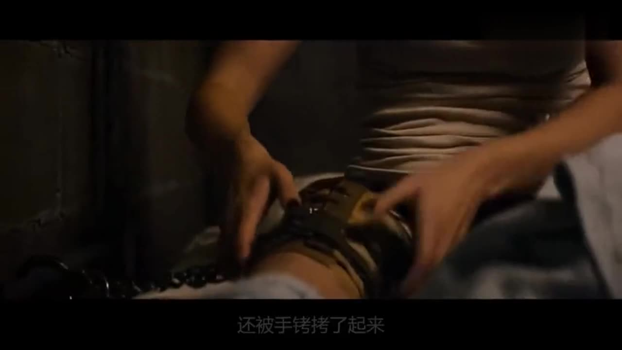#影视#《科洛弗档案》第2部,少女被大叔关进密室,出来后却是世界末日