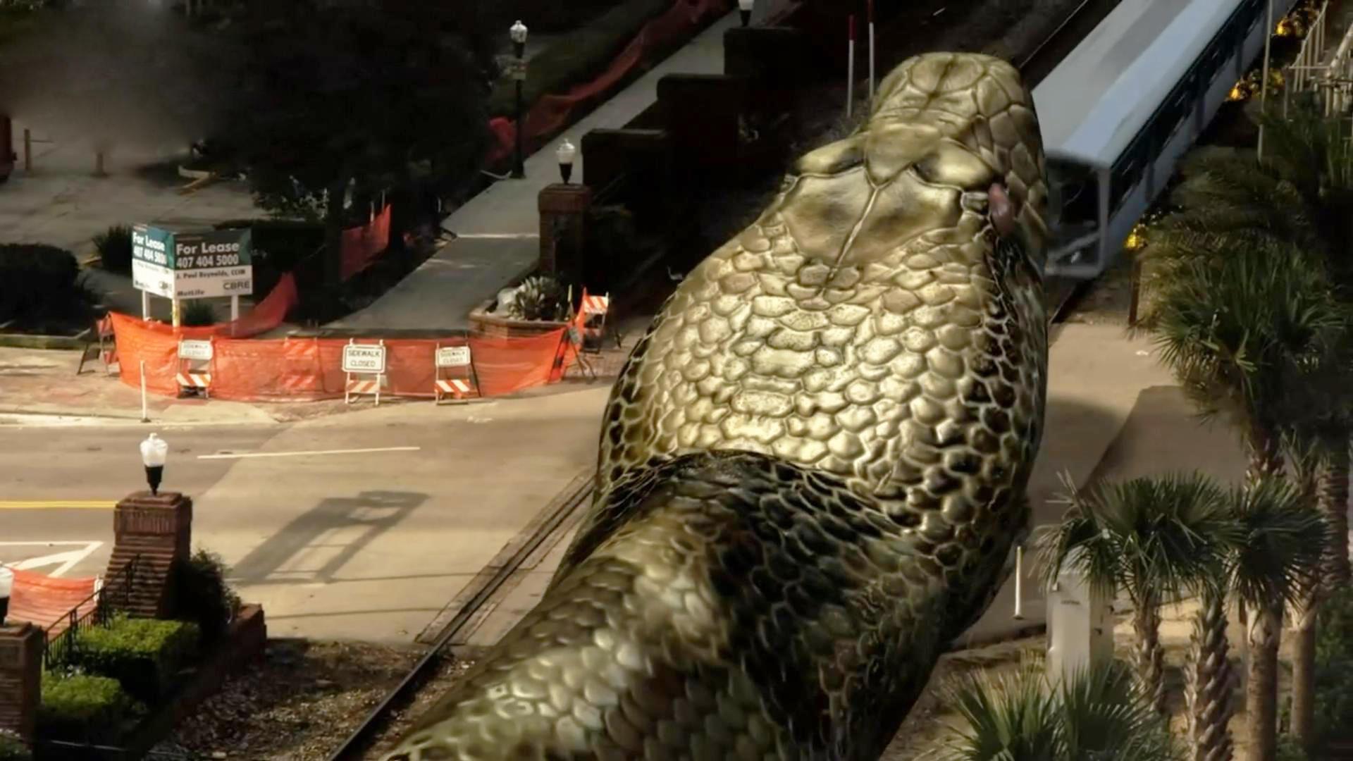 几分钟爆笑吐槽《巨蟒大战恐鳄》巨蟒一口吃掉了大火车你没有看错