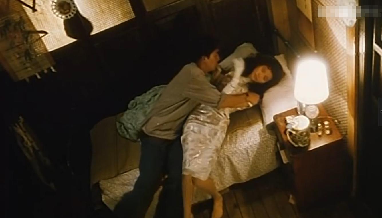 #经典看电影#这部老港片,央6播了24年,有特色!