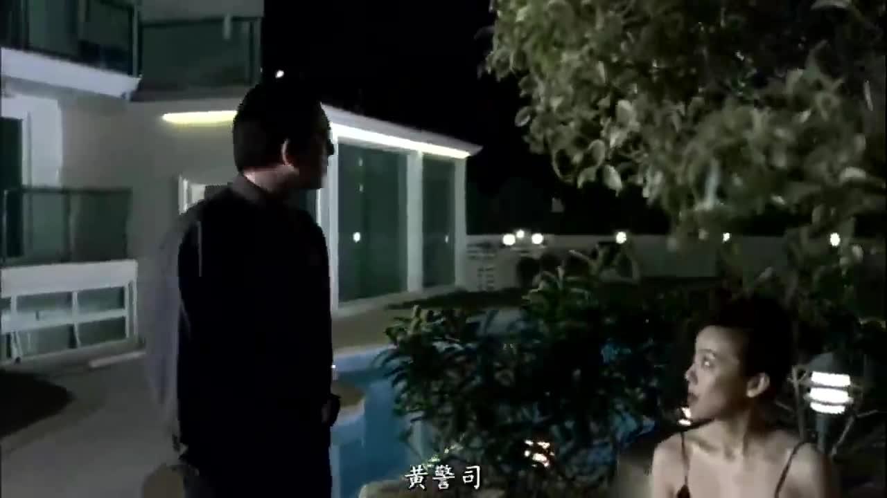 #经典看电影#谢贤利用老婆引诱黄秋生,被他识破