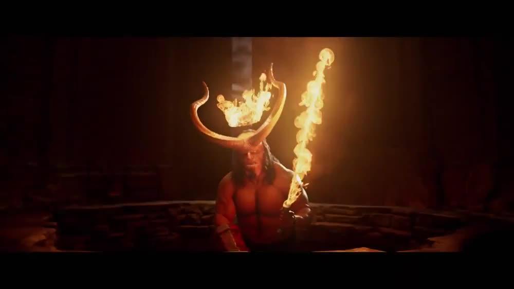 #电影迷的修养#《地狱男爵:血皇后崛起》永不畏惧