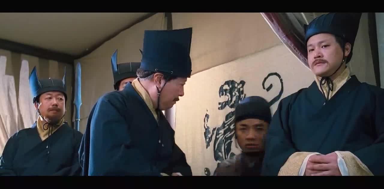 男子穿越到曹操的营地,巧言令色,曹操无言以对