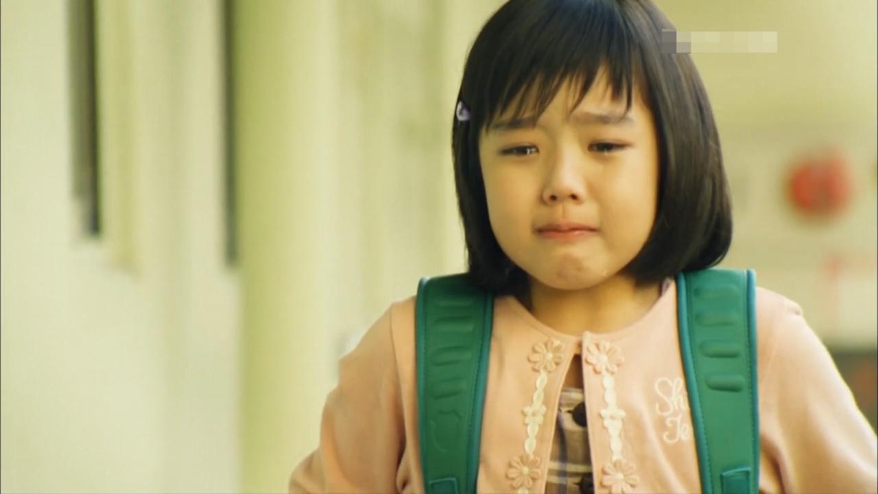 #经典看电影#为了和女儿多呆一会,她竟然让女儿逃课,背后原因让人泪目!