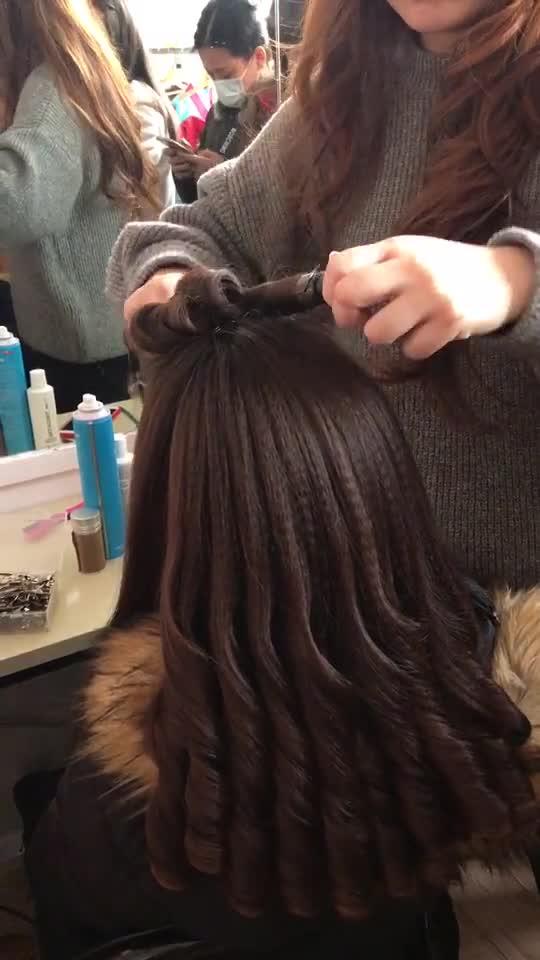 做发型前的卷发8