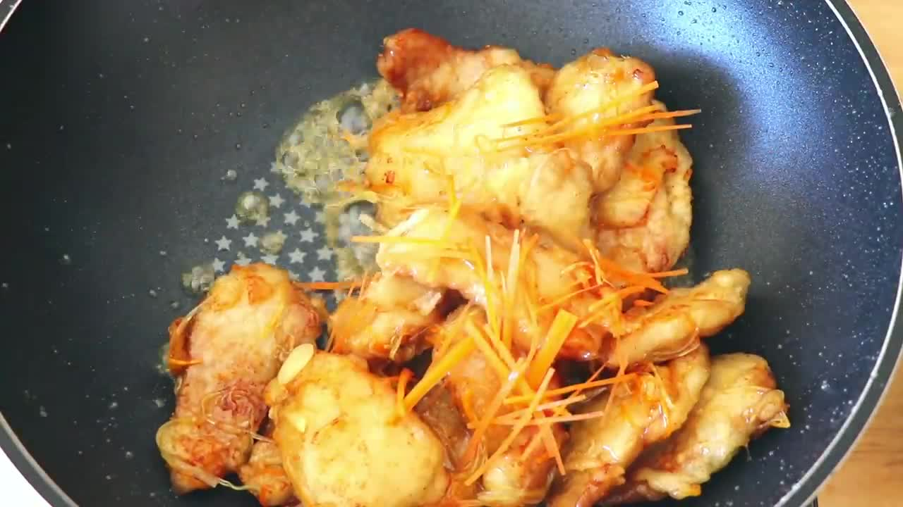 锅包肉的家庭做法,超级简单好吃,爱做饭的在哪里?