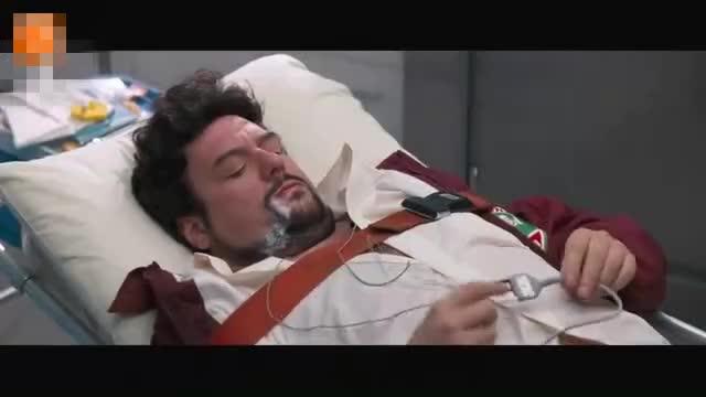 本想在医院装一下, 结果玩大了, 被电击了
