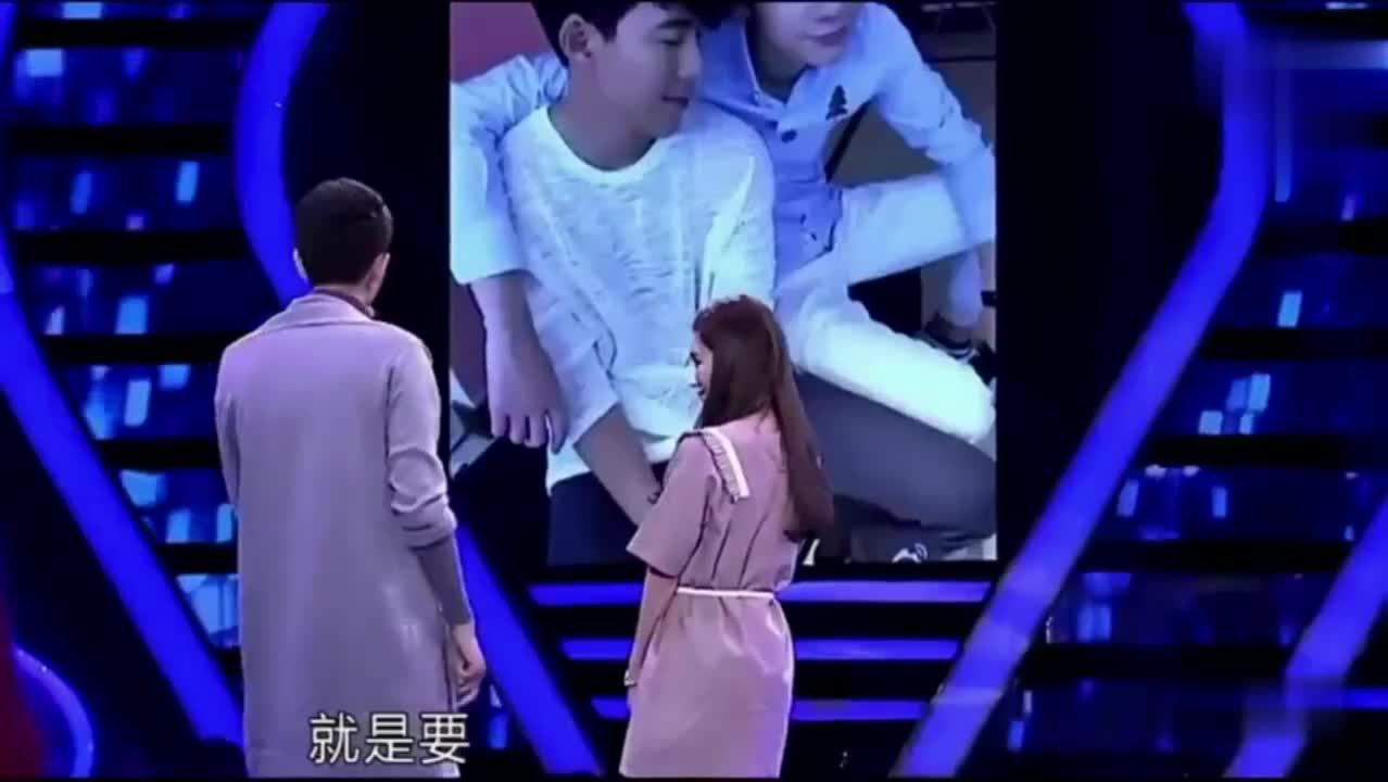女嘉宾向心动男嘉宾表白,当场要求抱抱,台下差点不打起来