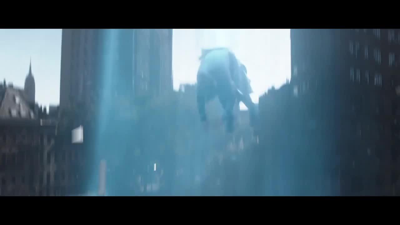 蜘蛛侠追踪敌人,不料自己也被带上飞船,敌人被传送出去