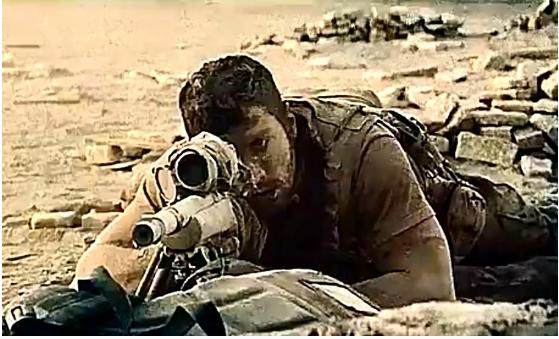 #经典看电影#两名美国狙击手与伊拉克狙击手生死对峙,他们唯一的掩体是一破墙