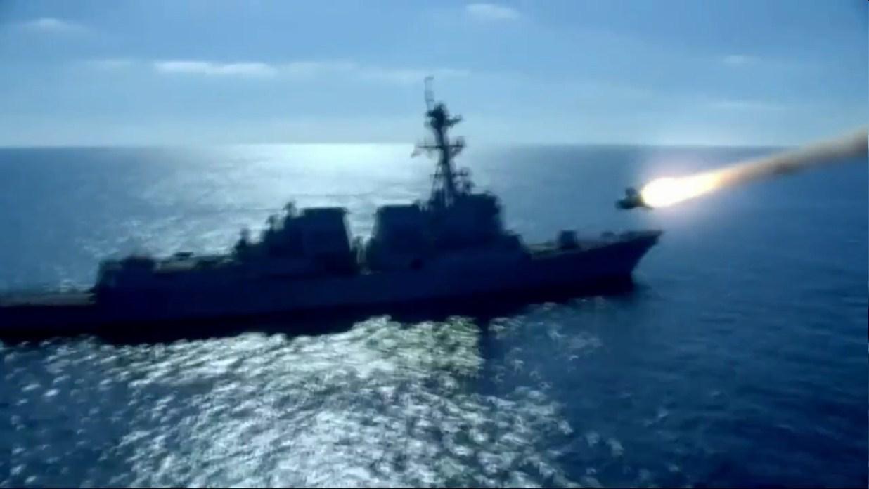 无人机上小小的地狱火导弹威力有多猛?一枚就炸瘫美军伯克驱逐舰