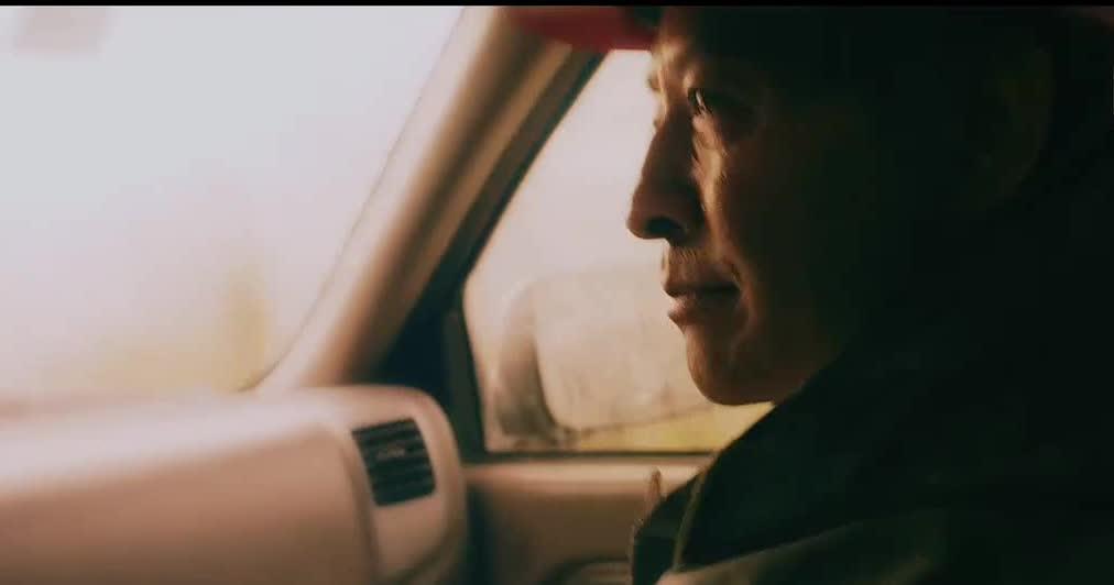 #这个视频666#郭晓峰《大路朝天》唐真红与手下谈,我修路架桥要的是成就感