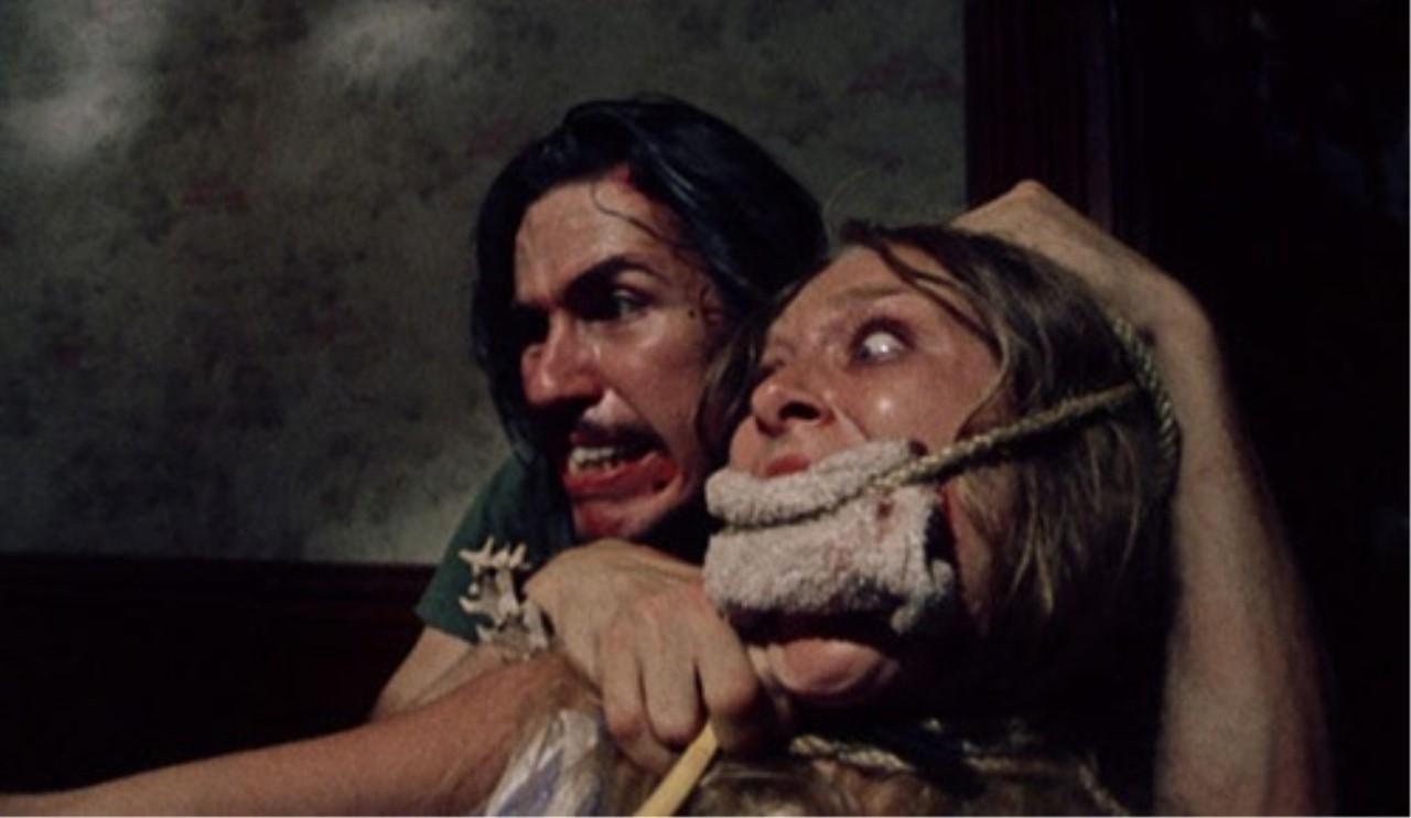 #惊悚看电影#肆无忌惮的变态屠杀,心脏承受力不好勿进!