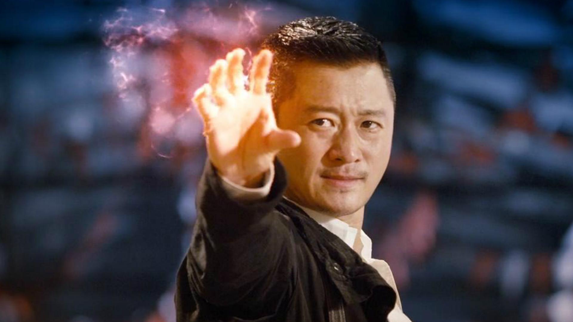#经典看电影#小伙拥有火元素超能力,可以随意控制火焰!一部奇幻冒险电影