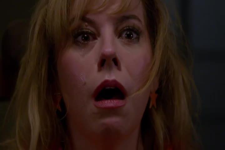 女侦探做噩梦,全场人高喊杀了她,梦醒后吓坏了!