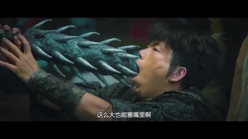 #经典看电影#吞剑我能理解,吞狼牙棒就厉害了啊