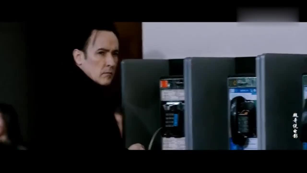 #影视#丧尸片《夺命来电》只要使用手机接打电话就会变成丧尸